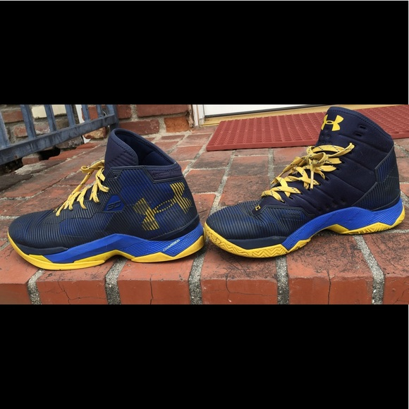Under Armour Other - Under Armour Curry 2.5